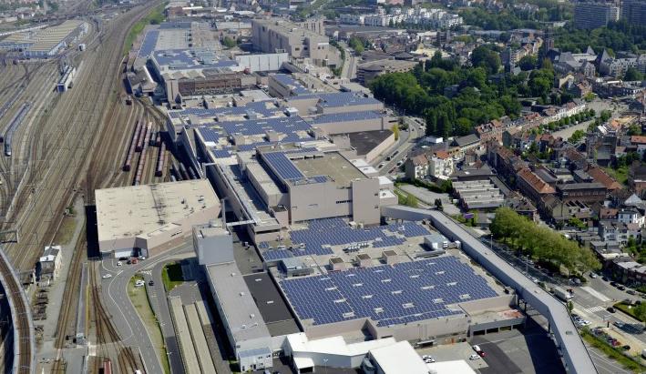 Audi cuida del medio ambiente produciendo coches eléctricos.