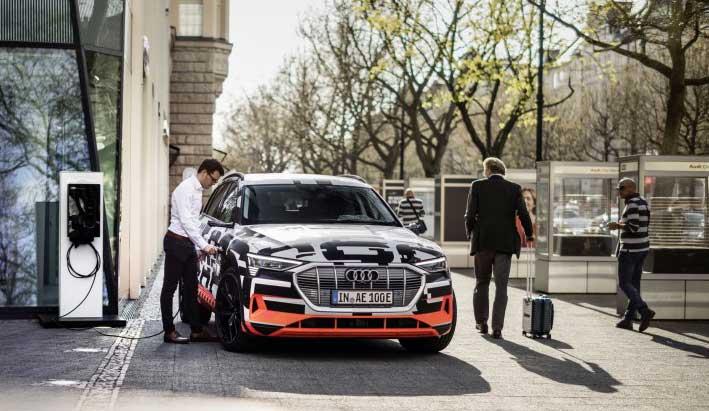 Audi conecta el coche eléctrico con el hogar