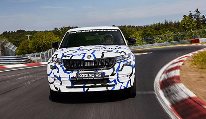 El ŠKODA KODIAQ RS bate el récord de vuelta para un SUV de siete plazas en Nürburgring