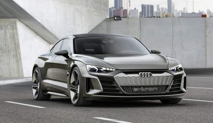 Nueva estrella en la capital del cine: el Audi e-tron GT concept