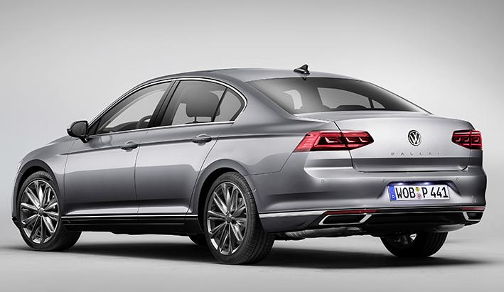 El nuevo Passat 2019 será el primer Volkswagen en ofrecer conducción semiautónoma.