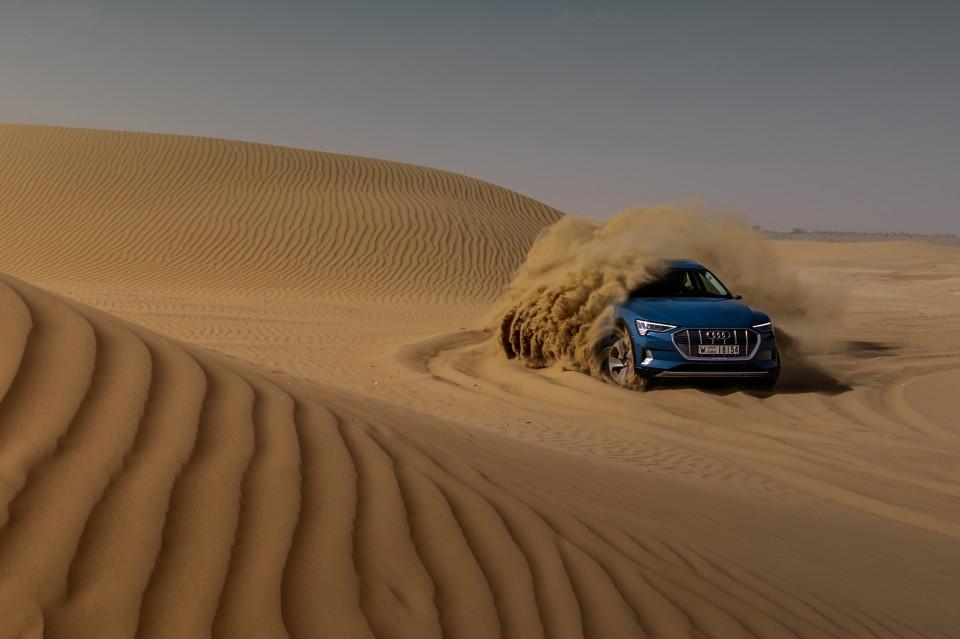 La tracción quattro eléctrica de Audi e-tron